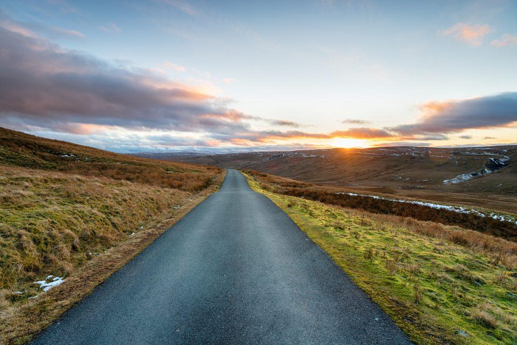 Pennine-way-tan-hill